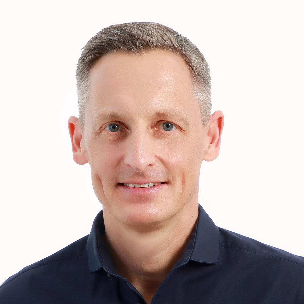 Dr. Karl-Michael Henneking